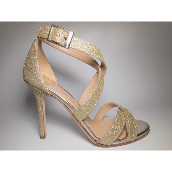 The seller Sandalo Donna Tacco 100 Platino